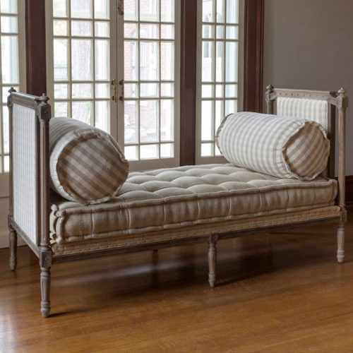 SETTEES/DAYBEDS